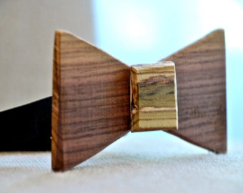 Wooden Bow Tie - recycled wood Bat Wing Black walnut fade with Tiger centre
