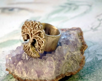 Yggdrasil ring, celtic tree of life  handmade at your size in goldcolour  bronze, white bronze (silver colour) or copper
