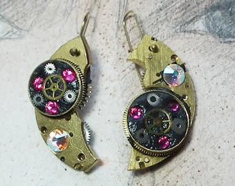 Steampunk earrings, art-deco, gustav Klimt  style ,gears, resin & pink swarovski strass crystal cabs for pierced ears or not pierced