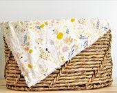Baby blanket, girl baby blanket, floral baby blanket, stroller blanket, car seat blanket, soft baby blanket, warm baby blanket, baby gifts