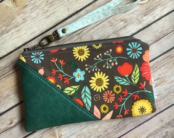 Date Night Clutch, Floral Wristlet, Floral Fabric, Small Wristlet, Zipper Pouch, Vegan Leather and Fabric Wristlet, Small Handbag