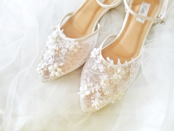 Wedding Shoes SNEAKERS Custom Lace /& Pearls