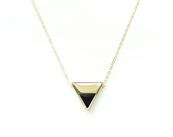 Triangle necklace, Geometric necklace, Simple gold necklace, Pendant necklace, Simple Jewelry, Triangle necklace,