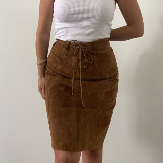 Size: EU 40  US10  UK14 Excellent condition Vintage boho suede short skirt 2000s  suede leather skirt by Laura Ashley