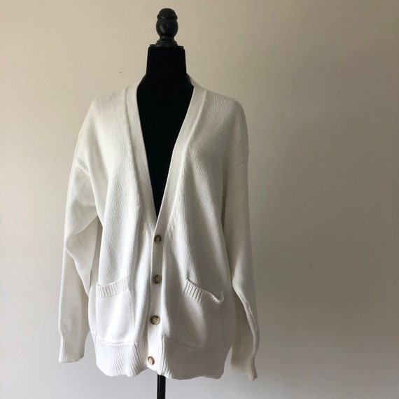 OVERSIZED BOYFRIEND CHUNKY cardigan white v neck c