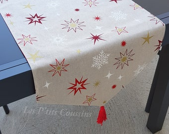 Table runner with Christmas star motifs for a traditional Christmas