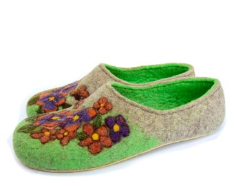 Felted eco slippers, handmade, women's shoes, flowers pansies