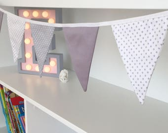 Kids mini fabric garland/ Nursery bunting/ Grey, light grey and white garland/ Pennant banner/ Triangle banner