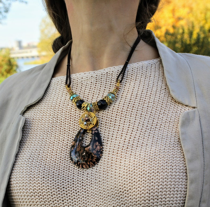 53d6ea73bf7 Stylish black and gold murano glass necklace perfect gift for   Etsy
