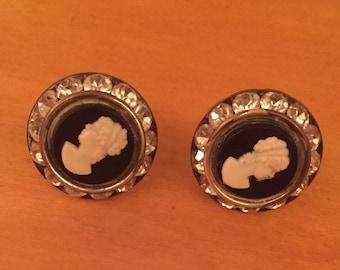 a9ea16f8d Vintage Cameo Screw Back Earrings