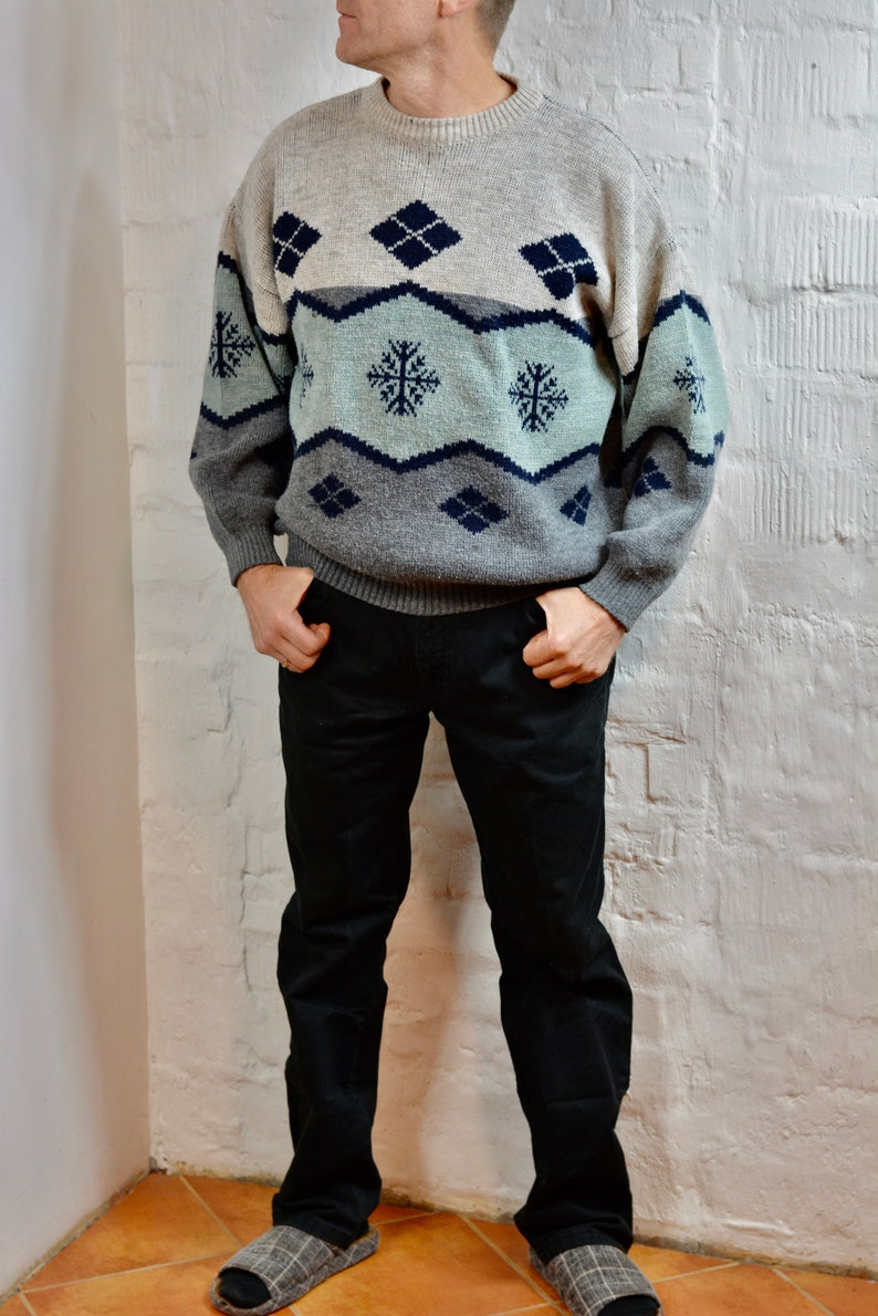 Vintage men sweater 80/'s By CASUAL LAND knitted Grey Green beige Wool Blended knitted sweater Size M