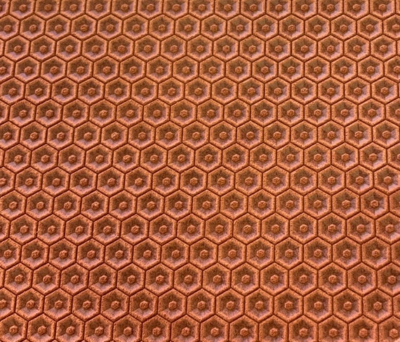 New 6x8 PINE GREEN Large Honeycomb Embossed Genuine Leather sheet Hunter Green Cowhide sheet for diy Earrings Shoe Making supplier