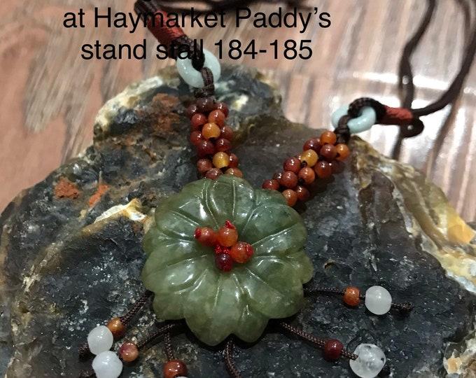 Featured listing image: Natural Jade flower necklace 100% vintage
