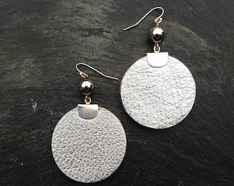 Leather boho jewelry round earring black stone jewelry women jewelry gift idea geometry jewelry modern leather jewelry contemporary earring