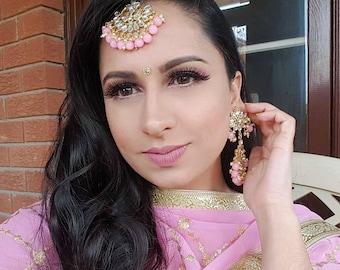 Pastel Pink Kundan Earrings and Tikka Indian Jewelry Set - Net Dupatta, Indian Nose Ring, Jutti Shop, Indian Bangles, Kundan Jewelry, Nath