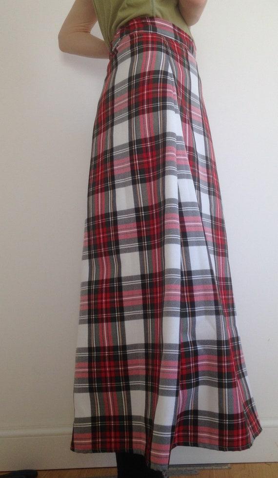 Tartan Plaid Royal Stewart A-line 6 panels Skirt ladies 90 cm length sizes 4-30