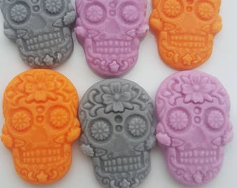 6 Edible Sugar Skulls for Halloween Cake Cupcake Toppers and Decorations