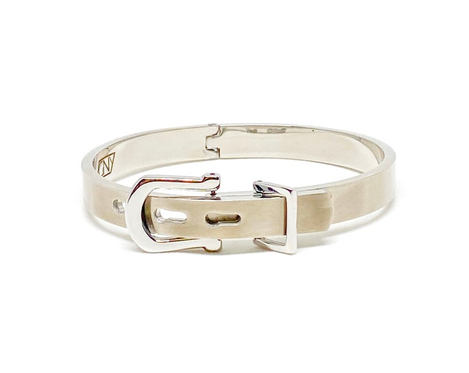 Men's belt buckle bracelet made with 316L stainless steel.