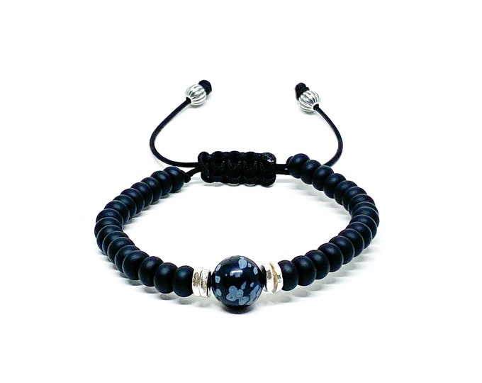 Men's bracelet with Onyx, Obsidian and silver spacers.