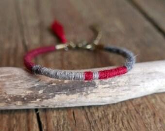 Mom Gift, Bangle bracelet, Friendship bracelet, Woven bracelet, Boho, Gift for her, Red Bracelet, Tassel bracelet, Girlfriend gift, Red