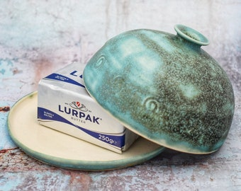 Large Ceramic Butter Dish, crock, green, butter keeper, lidded plate, beurrier, wheel-thrown, stoneware, UK studio pottery, diameter 16.5cm