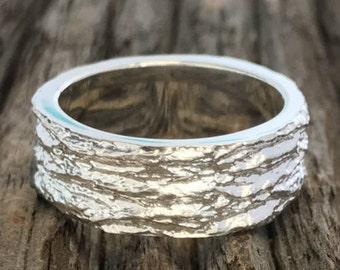 Ash Bark Ring, White Gold