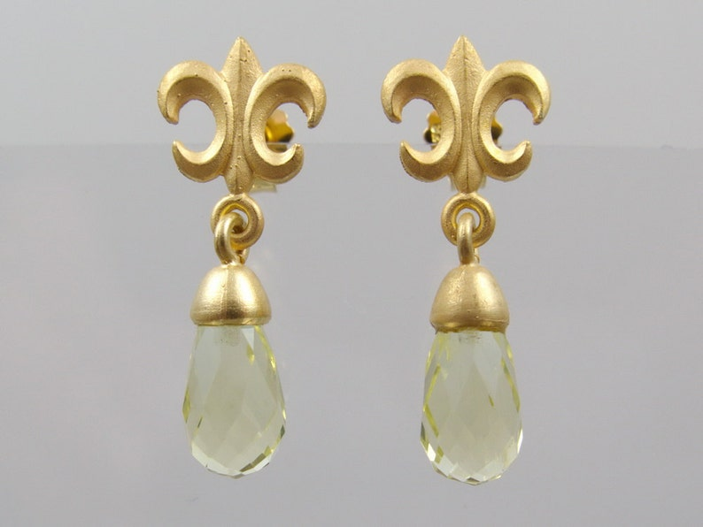 Earrings of Fleur de Lys with lemon citrine p French Lily masters work goldsmith crafts