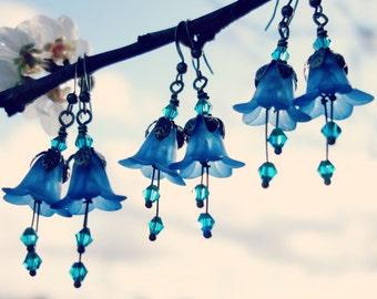 Woodland Earrings - Flower Earrings - Floral Earrings - Blue Earrings - Dangle Drop Earrings - Nature Jewelry - Boho Earrings - Bohemian.