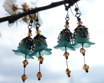Flower Earrings - Floral Earrings - Woodland Earrings - Boho Earrings - Bohemian Earrings - Dangle Drop Earrings - Topaz Earrings - Green.