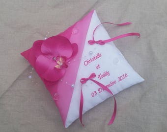 Embroidered cushion personalized wedding white and Fuchsia, Orchid Saperlipopette Creations theme