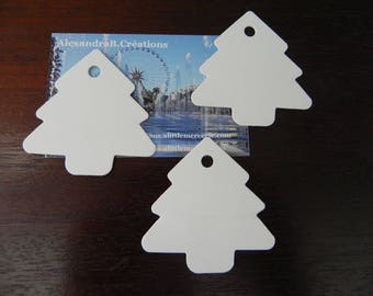 TREE 50 tags in white cardstock measuring approximately 5.5 cm