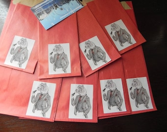 8 animal costume gift bags: 4 large and 4 small