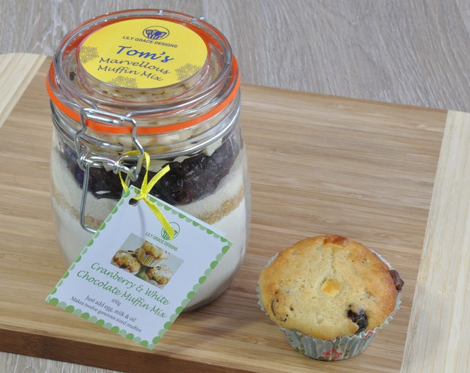 Keen baker, the bake off, muffin jar, cake gift, muffin mix, baked goods, white chocolate, cake jar, personalised baking gift for baker
