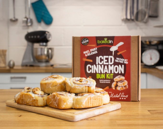 Michel Roux Iced Cinnamon Bun Kit