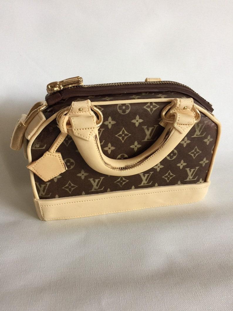 7d0d1d40bc8ec2 Sugar fondant purse Louis Vuitton style cake topper decoration | Etsy