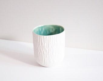 Tasse à café nervurée ONDINE - Porcelaine & Céladon