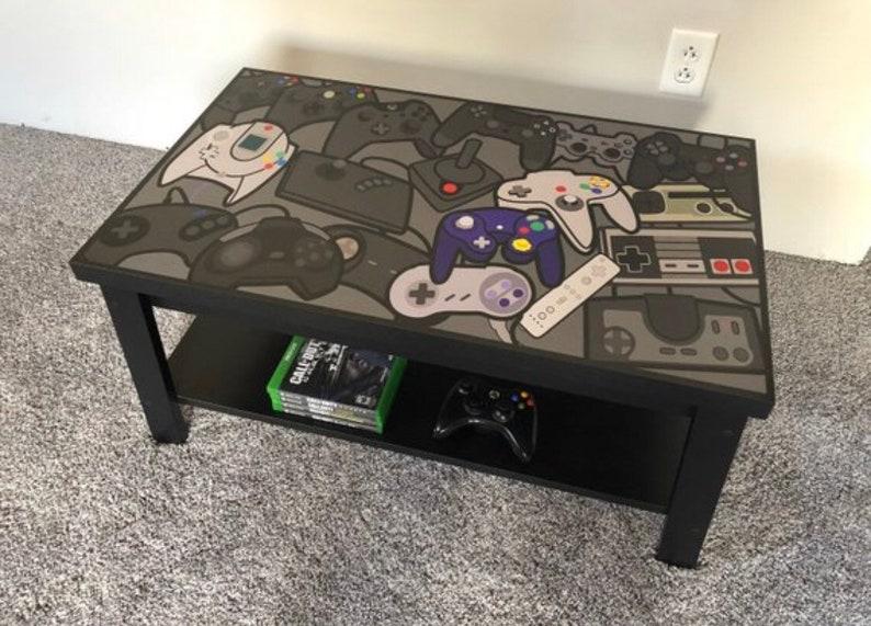 Controller Coffee Table.Nintendo Dreamcast Xbox Nes Retro Video Game Controller Coffee Table