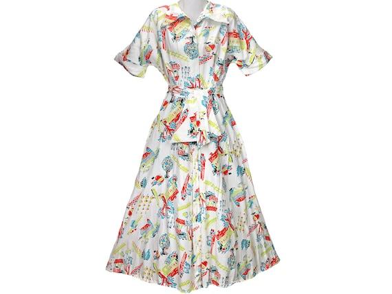40s Vintage Dress, Novelty Print, Barn, Farm, Hous