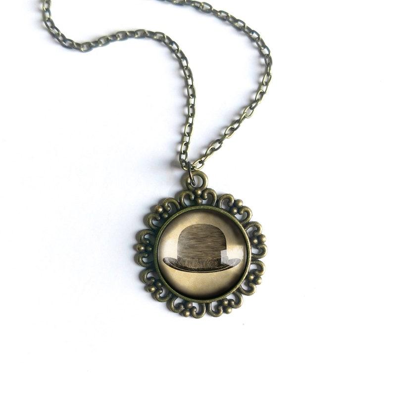 Steampunk Men/'s Bowler Hat Large Pendant Necklace in Ornate Frame