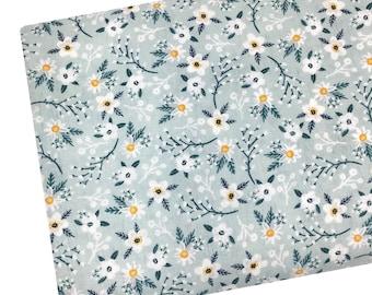 P3-14 Purple Floral Fabric Apparel Fabric 100/% Cotton Fabric Floral Dot Fabric Quilting Fabric Fabric by the yard Fat Quarter