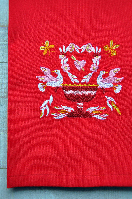 DAR Historical Quilt Baltimore Album Heart Wreath Tea Towel