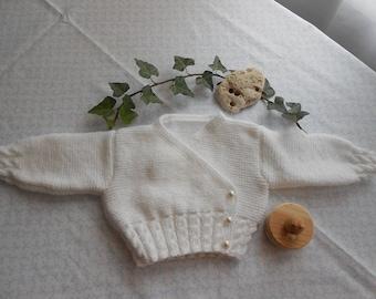 wrap girls 3 months in white wool