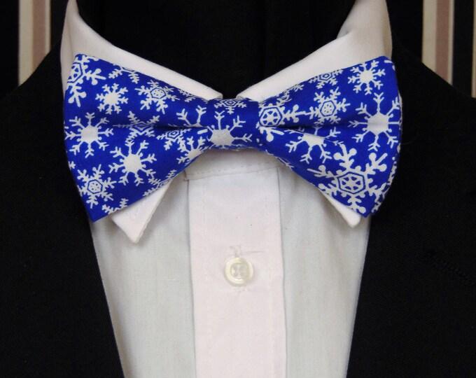 Christmas Bow Tie – Christmas Snowflake Mens or Boys Pre Tied Bow Tie.