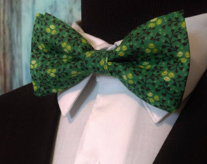 Green Floral Bow Tie, Green Floral Bowtie, Mens Bow Tie, Boys, Black, Fathers Day, Birthday, Gift, Wedding, Christmas, Prom, Bride, Dad