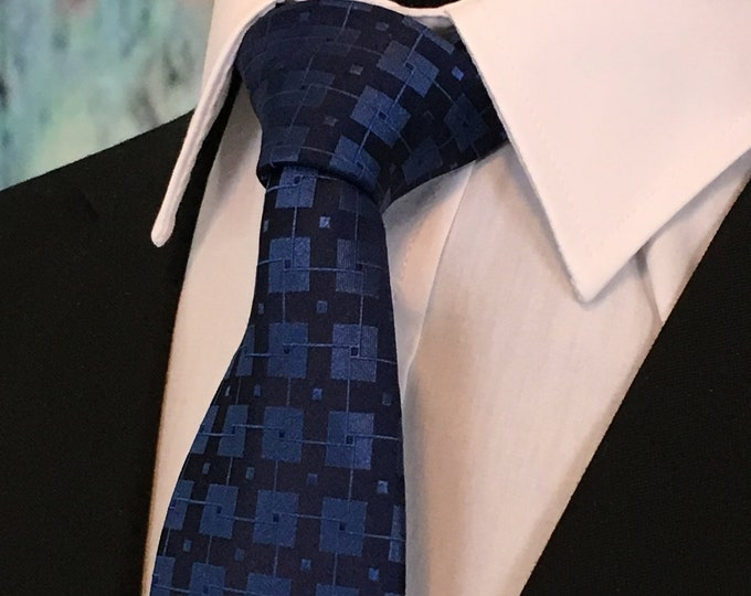Ties for Navy Suite – Mens Navy and Blue classic Necktie