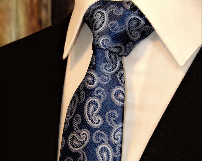 Blue Paisley Necktie – Mens Silk Blue Paisley Tie.