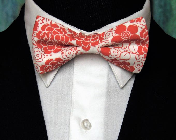 Red Floral Bow Tie – Red and White Mens or Boys Floral Bow Tie.