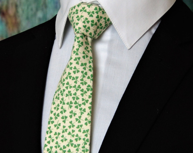 St Patricks Day Ties – Mens Beige and Green St Patricks Day Necktie, Also Available as a Skinny Tie.