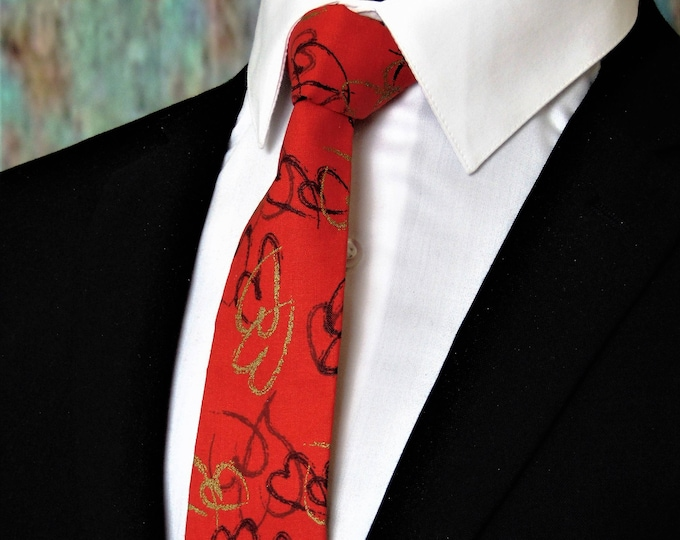 Valentines Day Gift – Mens Red with Hearts Valentines Day Necktie. Alos Available as a Skinny Tie.
