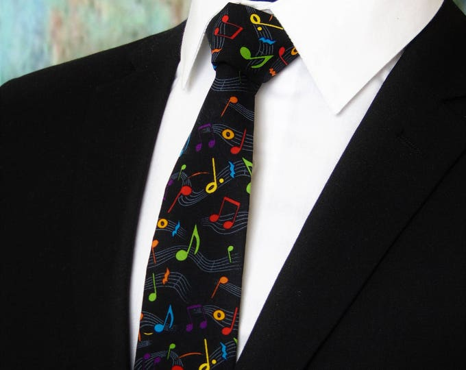 Music Note Tie – Music Lovers Mens or Boys Necktie. Also Available as a Skinny Tie.